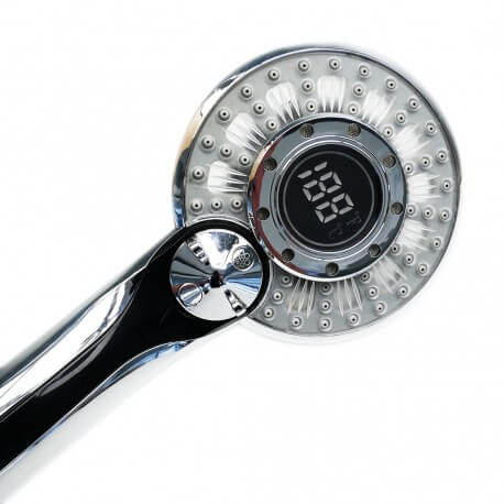 Shower head with digital display of temperature